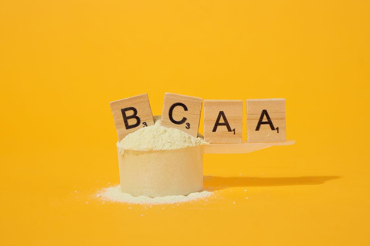 Aminoácidos BCAA 2:1:1 o ramificados – ¿Qué son y para qué sirven?