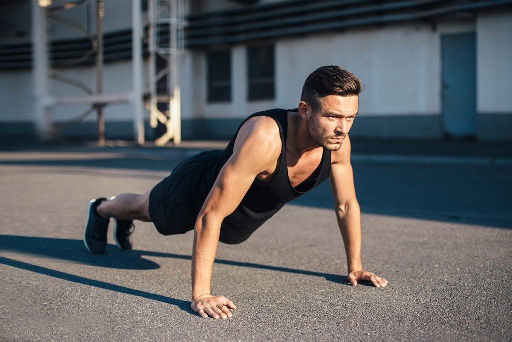 como hacer flexiones rutina para principiantes