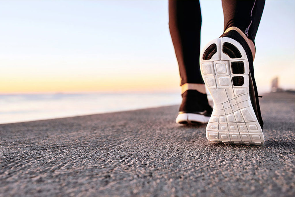 cuantos pasos hay que caminar por dia