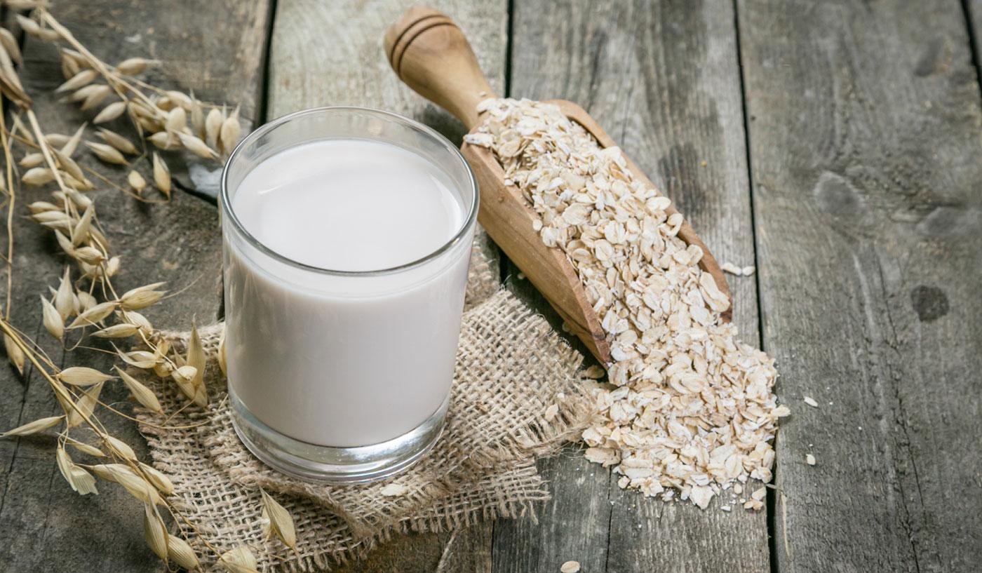 ¿Cómo hacer leche de avena en casa?