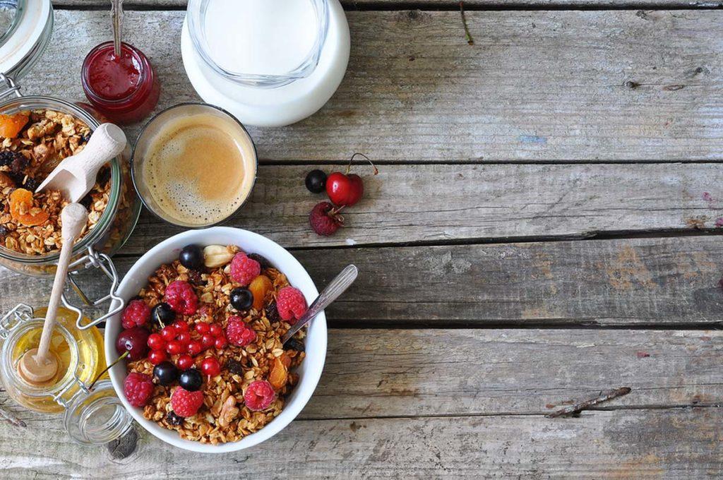 ayunar o desayunar